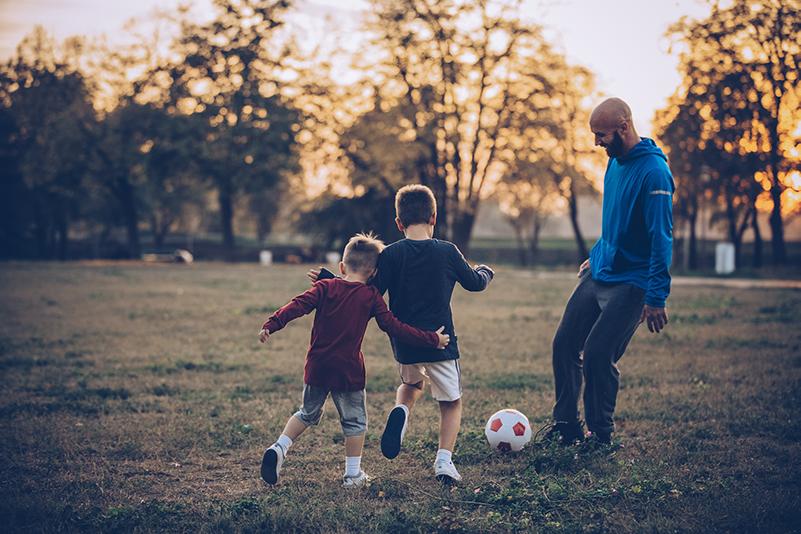 Aprende cómo aprovechar al máximo tu verano con los consejos de expertos para ahorrar en familia